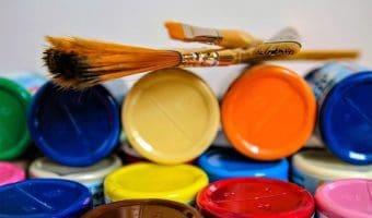 chalk-paint-vs-acrylic-paint