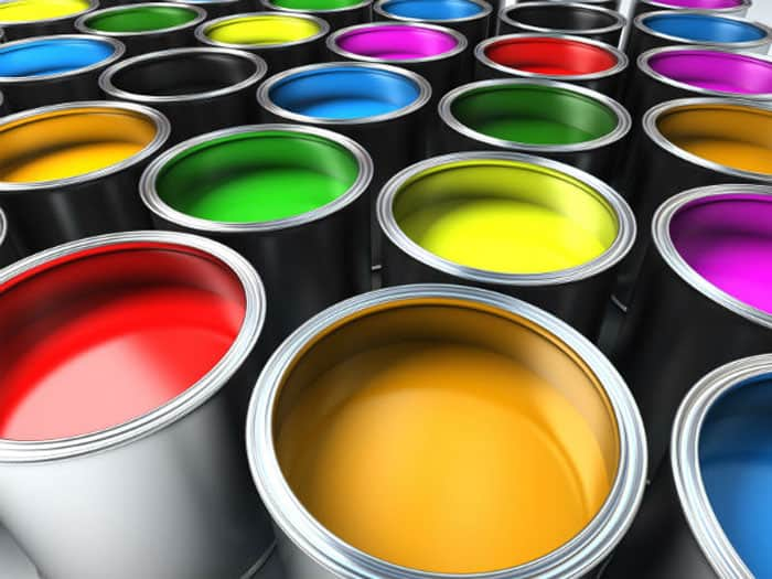 Water-based vs Oil-based Paint: What Makes Them Different?