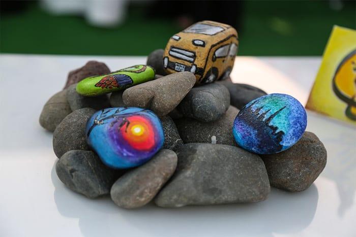 best-paint-pens-for-rocks