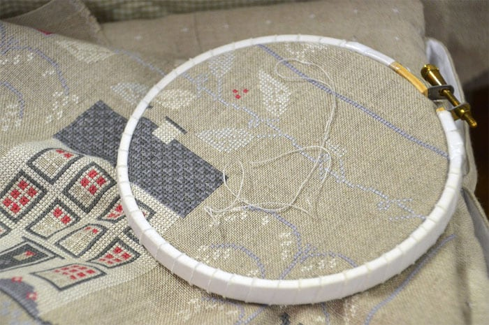 cross-stitch-easier-than-embroidery